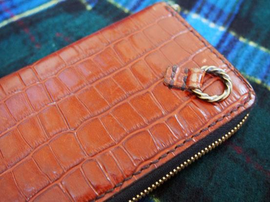 ラウンドジップ財布