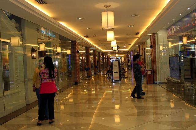 モールの廊下