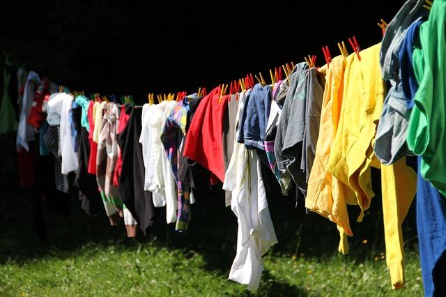 洗濯中の衣類
