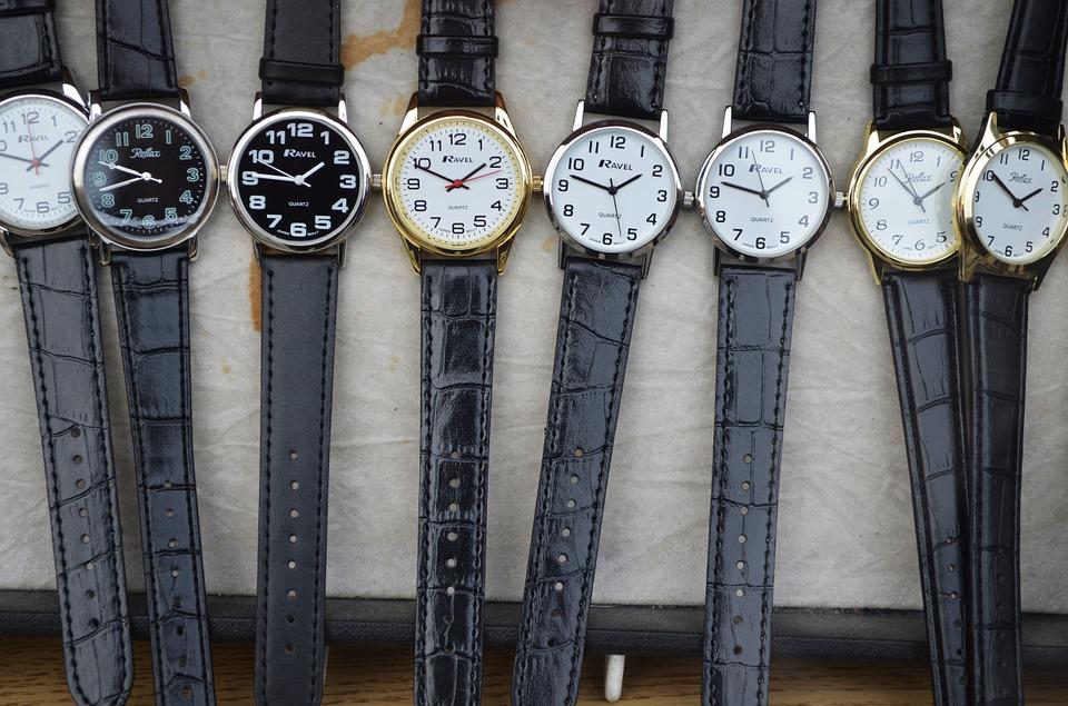 たくさんの腕時計