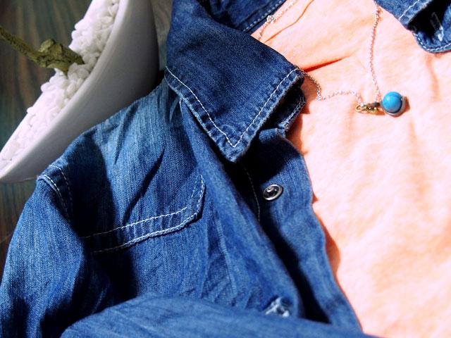 デニムシャツとターコイズ