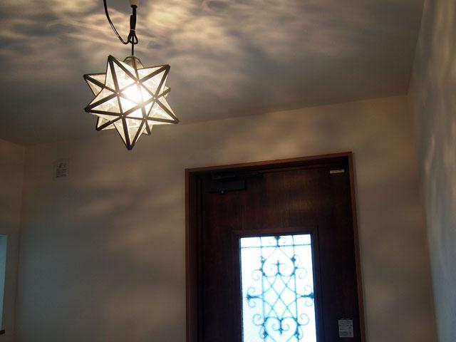 スターライトのある玄関